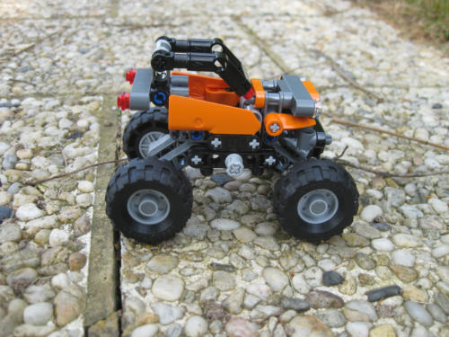 42001 - Mini Off-Roader