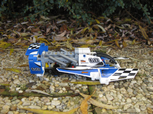 42045 - Hydroplane Racer